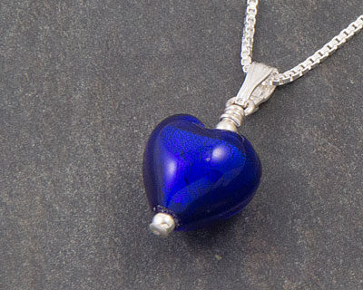 Blue Murano glass heart pendant - Bellina