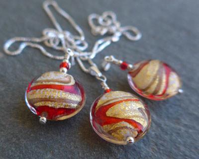 Julietta Red ad Gold Murano glass pendant