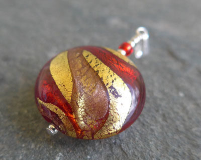 Murano-glass-pendant-Red-and-Gold-Lakeland-Sunsets