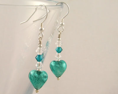 Murano-glass-earrings-small-heart-Marino