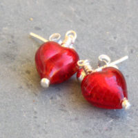 Small Heart earrings in Red