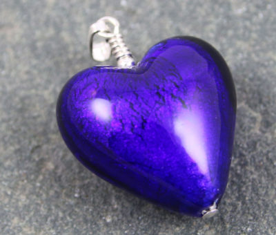 Pendant Murano glass heart in Cobalt Blue